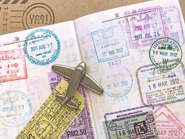 【帰省でビザが消滅?!】みなし再入国許可と再入国許可の違い - 期限に要注意!